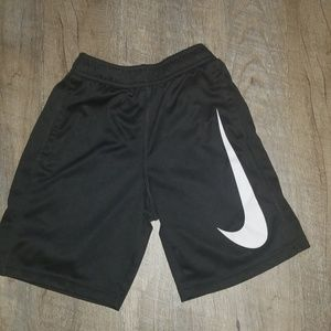 Boys Nike Dri fit shorts size 6